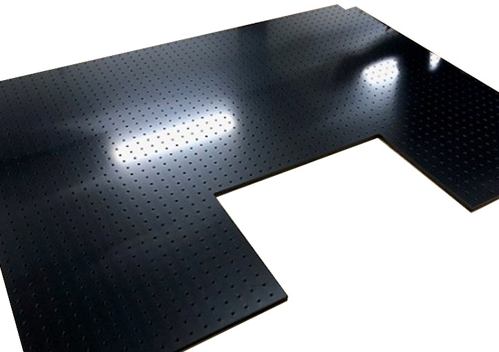 Semiconductor manufacturing equipment base plate